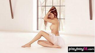 Nimble ballerina Ilvy Kokomo introduces her cock-squeezing assets