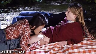 Of age TIME Teenager Lesbian: Kendra & Kristen- Cuni Picnic