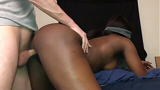 Black Teen Gets Fucked From No hope And Gets Creampied